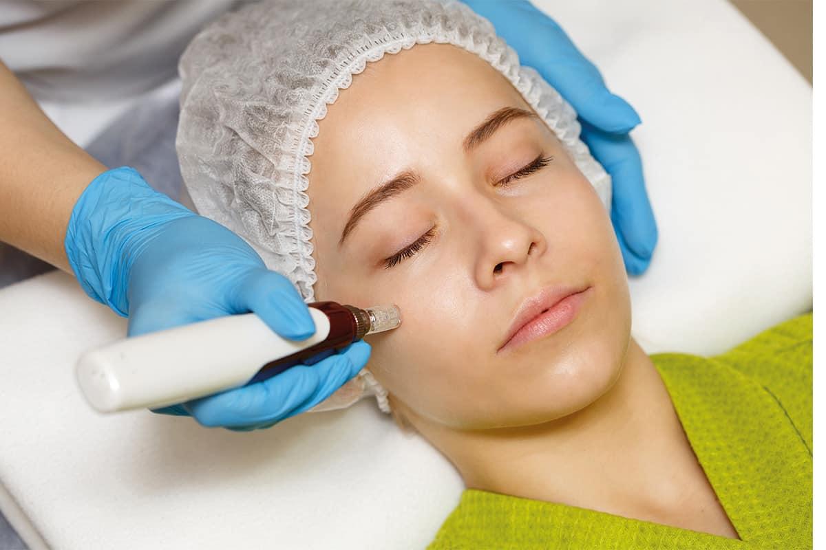Mesotherapie als Anti-Aging Behandlung im Gesicht